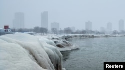 Chicago - The city skyline seen from the North Avenue Beach at Lake Michigan, in this week's bitter cold. January 29, 2019. REUTERS/Pinar Istek