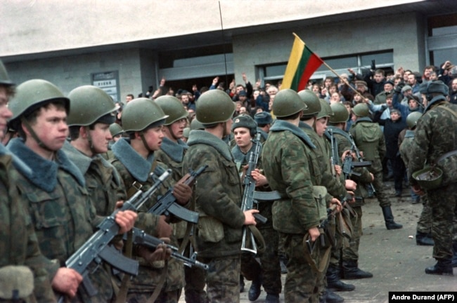 Soviet Soldiers in Vilnius, Lithuania during the 1991 January events.