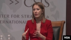 Ksenia Sobchak, opposition presidential candidate in the March 18 Russian presidential election, speaks at the Center for Strategic and International Studies, Washington, DC on February 6. Photo: VOA Ukranian Service.