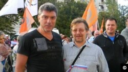 Alexey Stroganov Alexey Stroganov, a prominent member of Solidarity, a Russian opposition party, with Boris Nemtsov