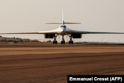 "SOUTH AFRICA -- A Russian Air Force Tupolev Tu-160 ""Blackjack"", a supersonic variable-sweep wing heavy strategic bomber, is parked on the tarmac at the Waterkloof Air force Base in Centurion, south of Pretoria, October 23, 2019"