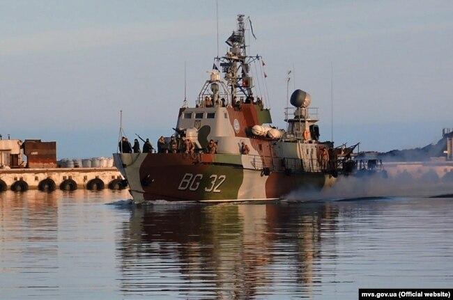 Ukraine -- Ukrainian border guards in the Sea of Azov, February 6, 2019.