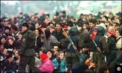 Kosovo Albanian refugees at the border with Macedonia, April 1999