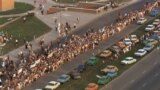 """Baltic republics' residents stand in a """"solidarity chain,"""" connecting Vilnius and Tallinn on August 23, 1989 to condemn the non-aggression Soviet-German pact signed 50 years earlier, on August 23, 1939."""