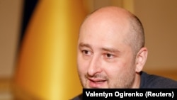 UKRAINE -- Russian dissident journalist Arkady Babchenko speaks during an interview with foreign media in Kyiv, May 31, 2018