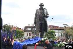 Kosovo, Rugova