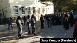 Crimea, Simferopol - court hearing on the Crimean Tatars detained in Bakhchisaray, 12Oct2017