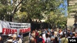 VENEZUELA – Protest in Caracas against elections in Venezuela, March 17, 2018. [Photo: Alvaro Algarra, VOA]