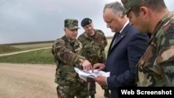President of Moldova Igor Dodon visits Bulboaca military base