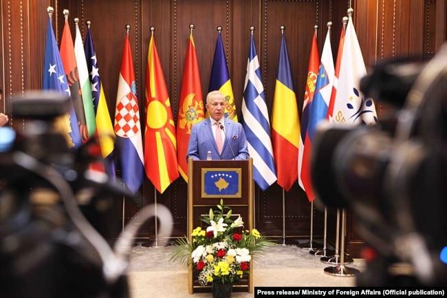 Kosovo: Minister of Foreign Affairs, Behgjet Pacolli